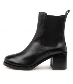 Neeny Black Leather